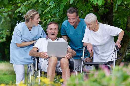 Reasons to Opt For Senior In-Home Care in Des Moines, IA