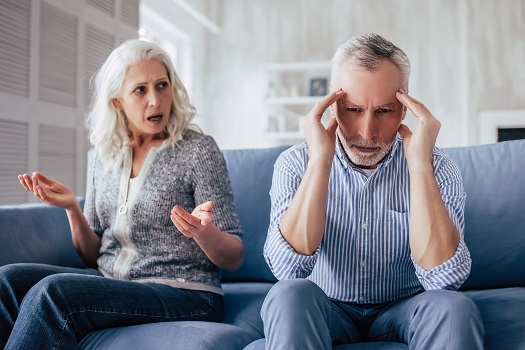 How to Handle Theft Accusations from a Loved One with Dementia in Des Moines, IA