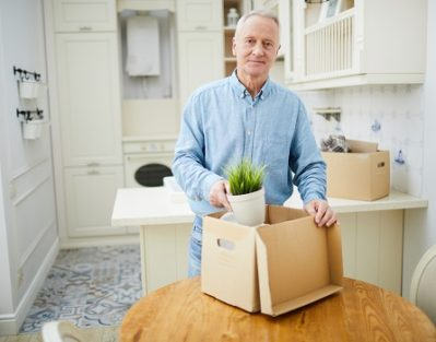 Why Should Seniors Downsize After Retiring in Des Moines, IA