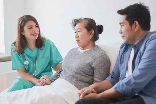 How to Reduce Senior Hospital Readmissions in Des Moines, IA